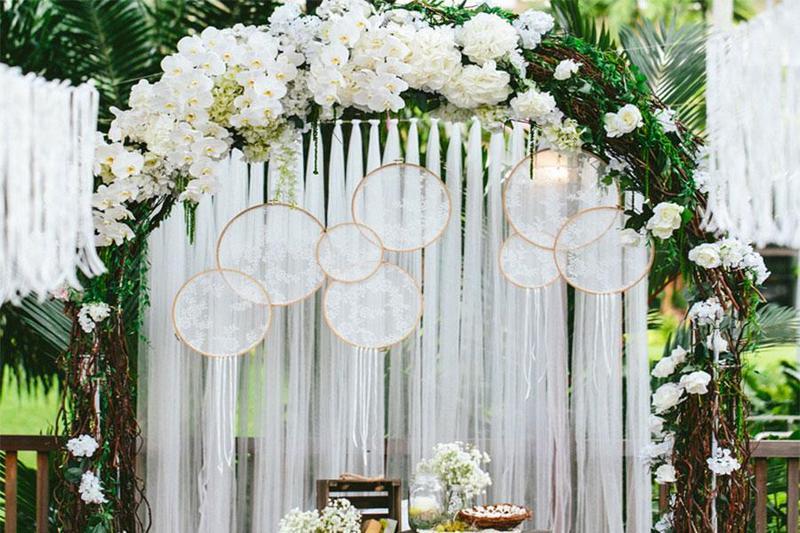 Top 3 xu hướng chọn tone màu đẹp nhất khi tổ chức tiệc cưới outside